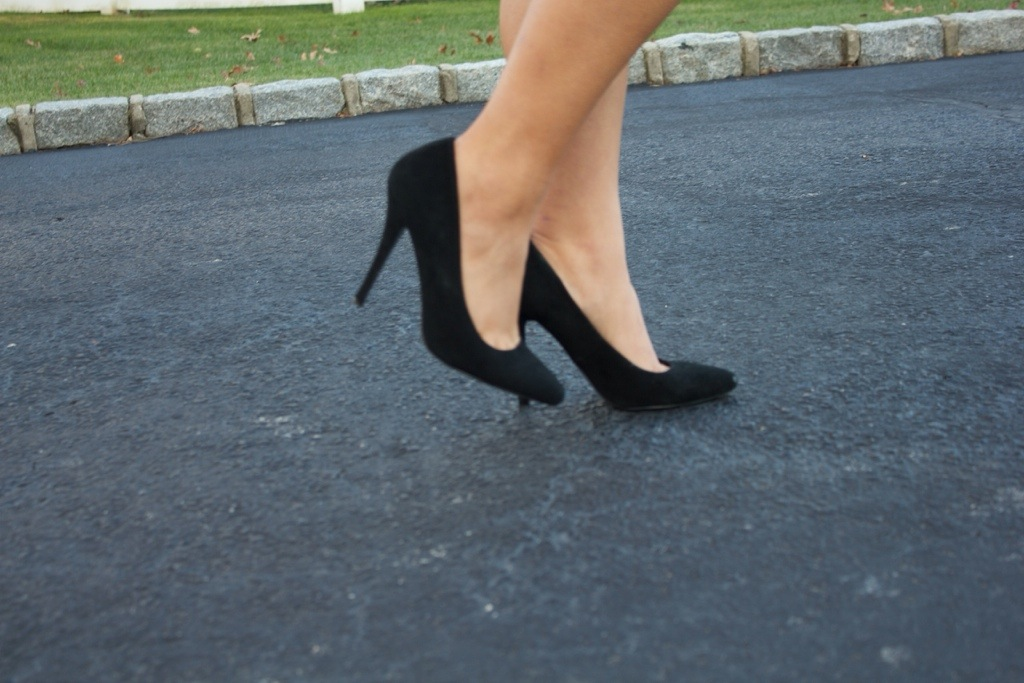 These Steve Madden suede pumps are classic!