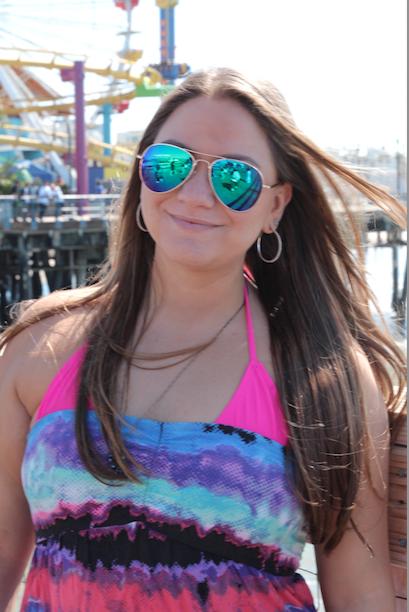 missyonmadison santamonicapier la cali california travel trip fashion fashionblog blog blogger beach mirrored aviators sunnies sunglasses neon