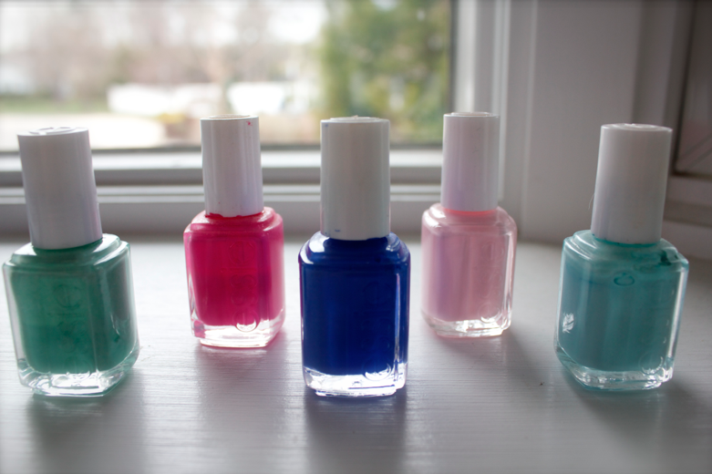 nails mani manicure essie essiepolish polishes beauty shop missyonmadison beautyblog blog blogger nailpolish